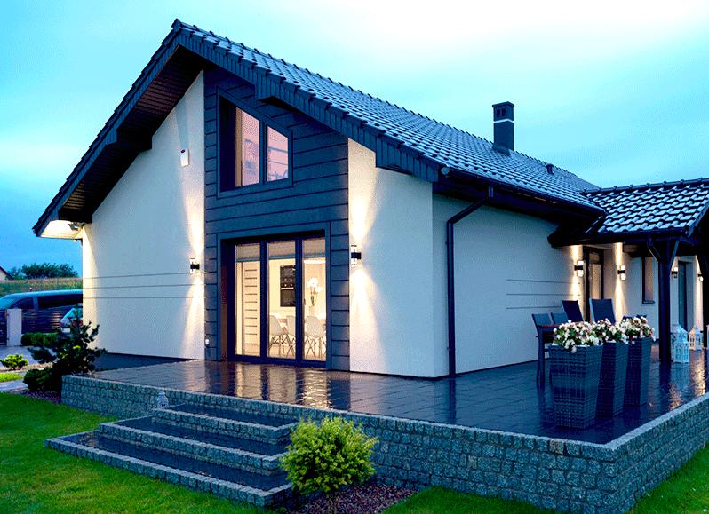 dom energooszczędny - oświetlenie w ogrodzie